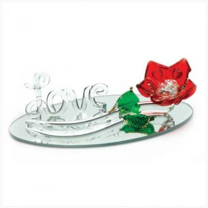 10376050-glass-rose-on-mirror